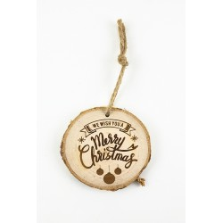 Wooden slice with Merry Christmas engraving
