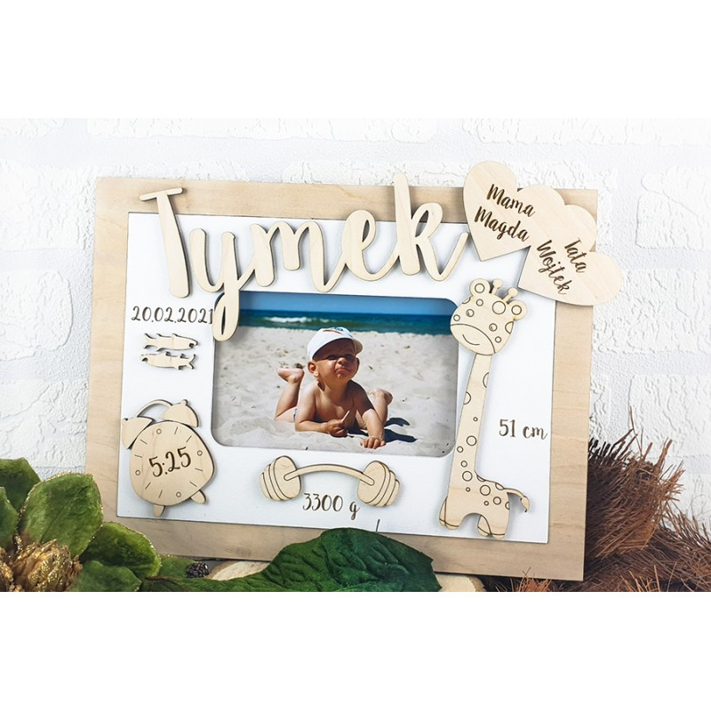 Photo frame with a child's born data - White with a natural border