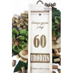 Skrzynka na butelkę z grawerem - 60 urodziny