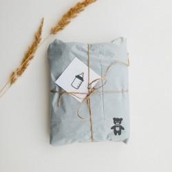 Dekorowanie prezentów pieczątką Little Nio Witaj na świecie