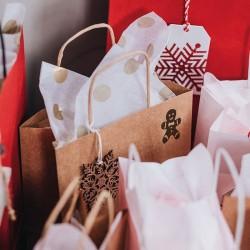 Torba świąteczna dekorowana piernikowym ludzikiem. Pieczątka Little Nio Święta.