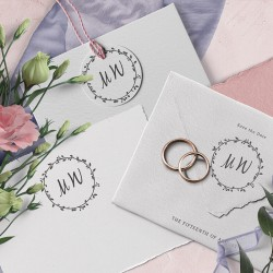 Decorate your wedding invitations with initials. Initials rubber stamp. Little NIO.